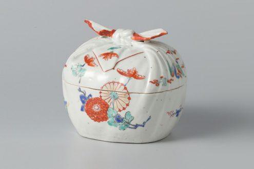 The supreme Japanese porcelain